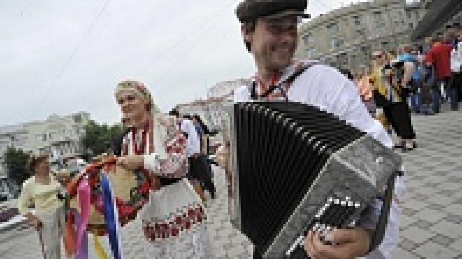 Воронежские украинцы отменили марш в вышиванках из-за выборов в незалежной