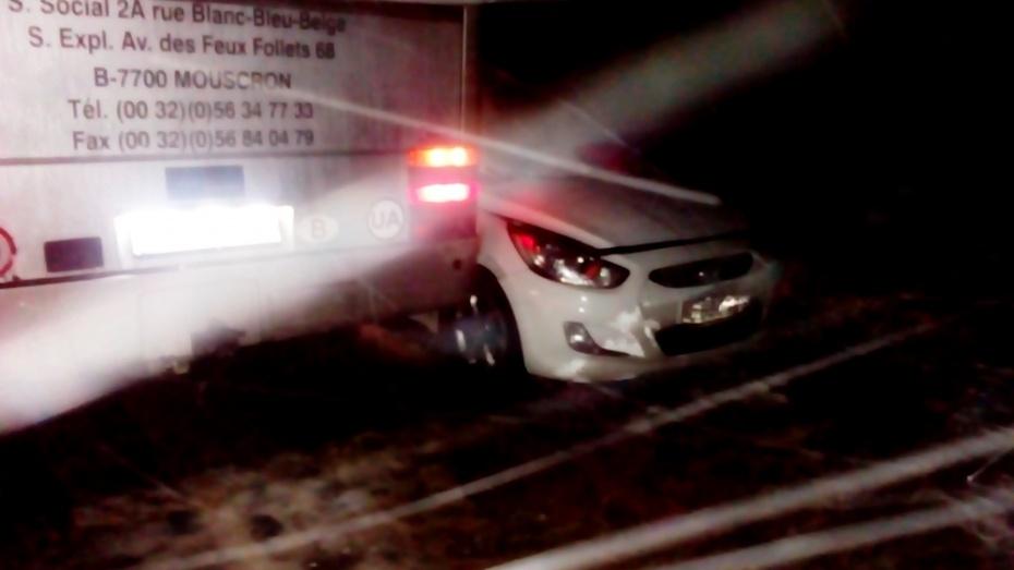 ВВоронежской области Хёндай Solaris протаранил автобус: умер шофёр легковушки
