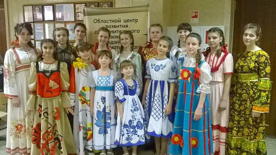 Подгоренские вокалисты стали победителем областного конкурса «Красная гвоздика»
