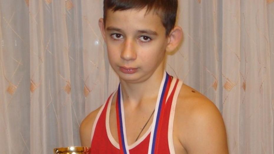 Боксер из Каширского района получил «Золотые перчатки»