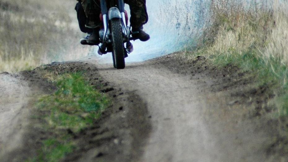 Ночью на трассе под Воронежем разбился мотоциклист
