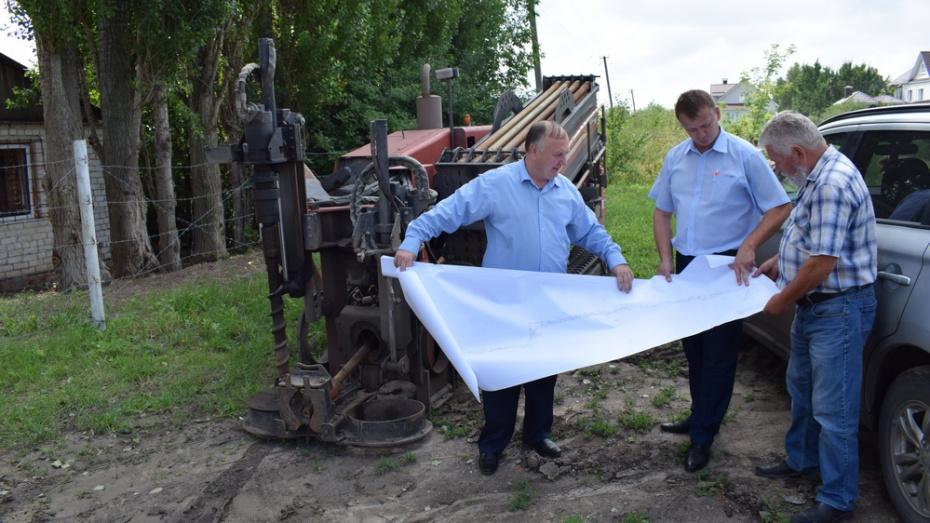 В селе Семилуки на улице 8 Марта отремонтируют водопровод