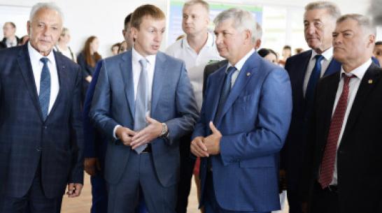 Воронежский губернатор: «Районам должны оставлять больше собственных доходов»
