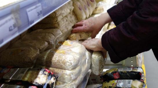 «Будто у нас Испания!» Спрос на крупы и туалетную бумагу в Воронеже заметно вырос