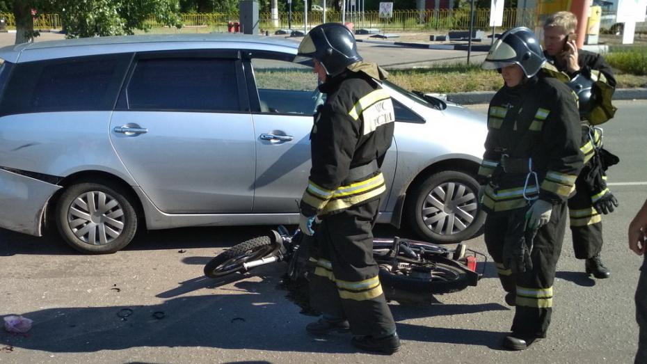 В Воронежской области автобус переехал 15-летнему мотоциклисту голову