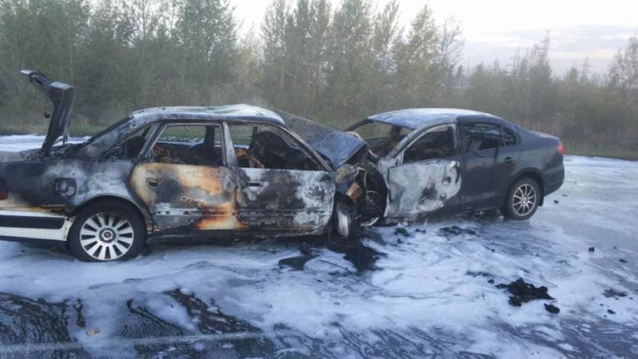 В Воронежской области в ДТП с двумя легковушками погибли 5 человек