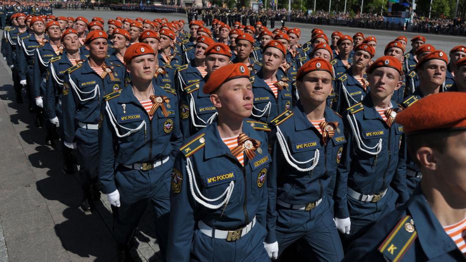 День парада Победы 24 июня станет выходным
