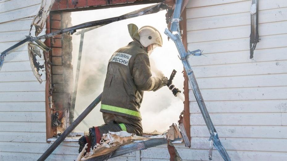 В Воронежской области пенсионер сгорел в собственном доме