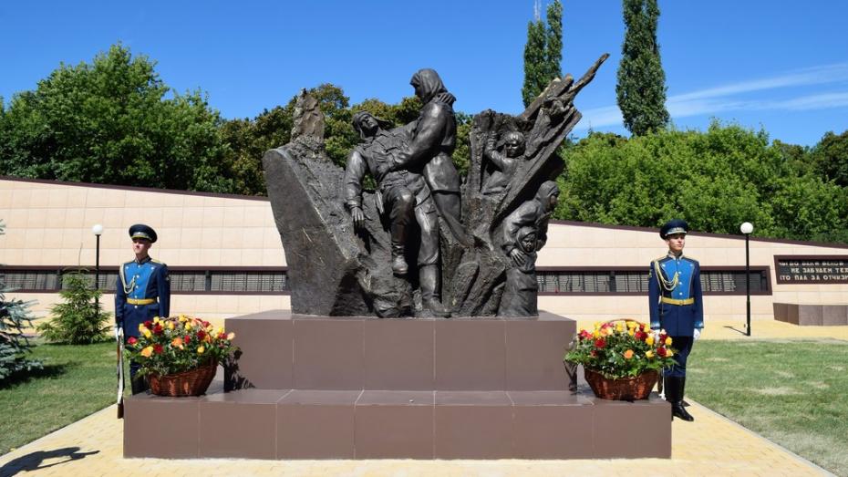 В Семилукском районе открыли памятник Прасковье Щеголевой