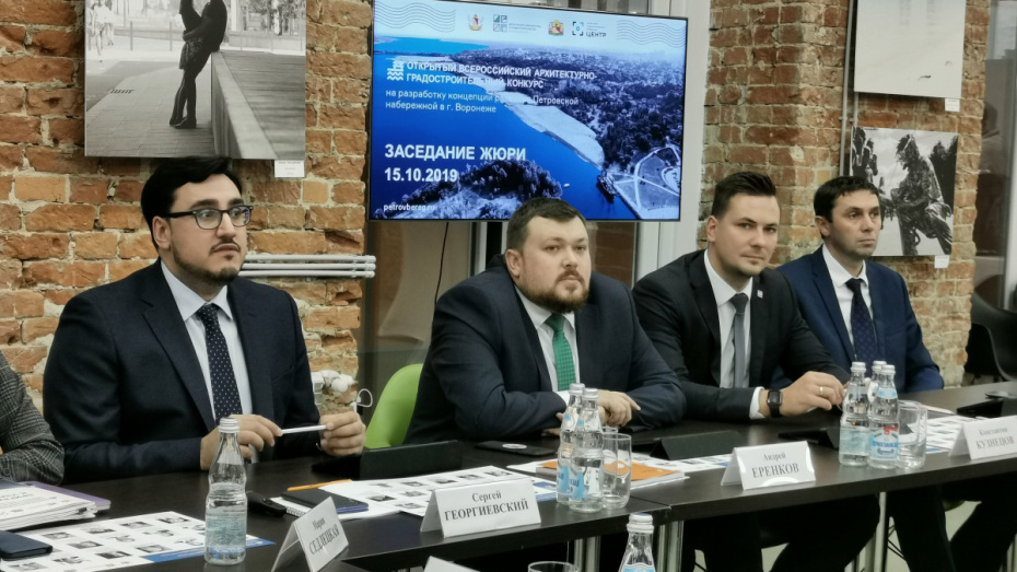 В Воронеже выбрали 3 команды, которые поработают над развитием Петровской набережной
