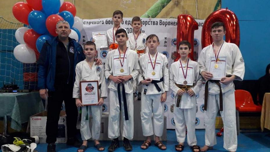 Верхнехавские каратисты завоевали 5 золотых медалей открытого первенства Воронежа