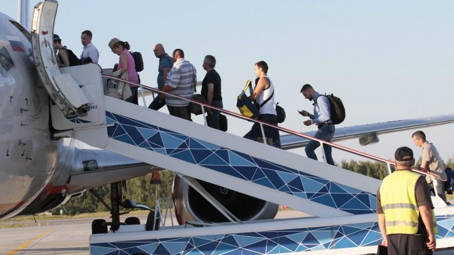 Рейс «Руслайна» из Воронежа в Москву задержали по техническим причинам