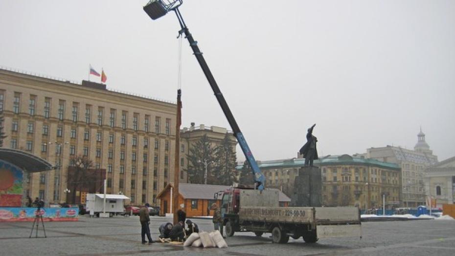 Завтра в Воронеже перекроют движение на площади Ленина