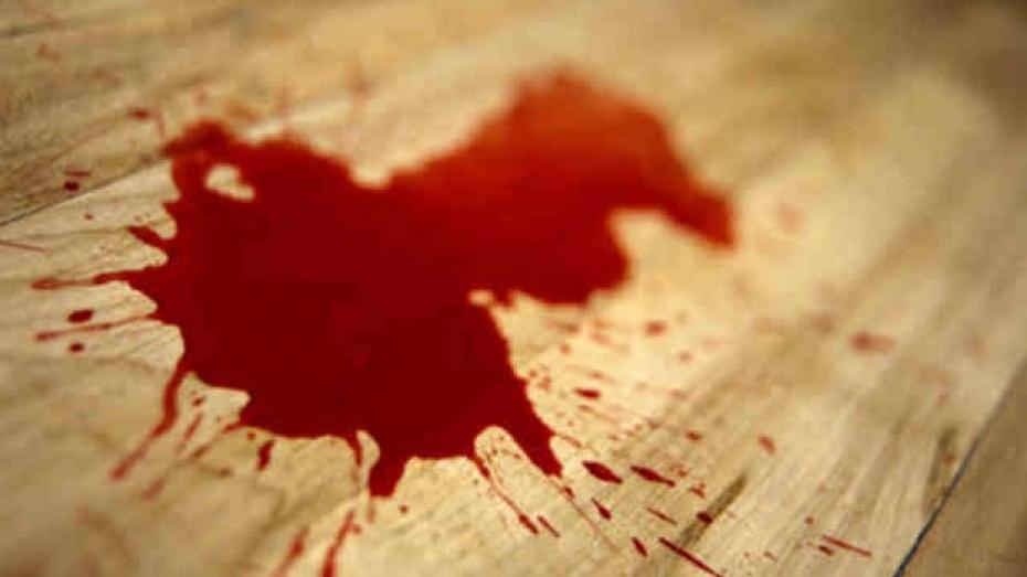 В Воронеже 40-летний мужчина в приступе белой горячки разбил головой окно и умер от ран