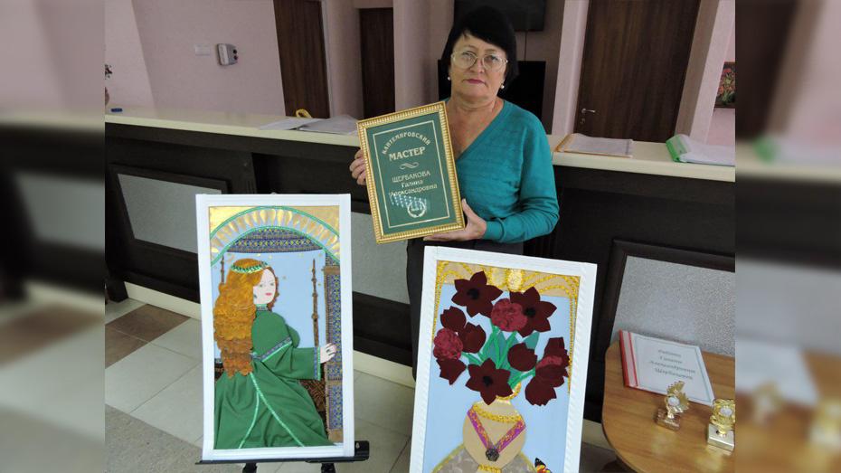 Кантемировцев пригласили на выставку местной мастерицы Галины Щербаковой 26 марта