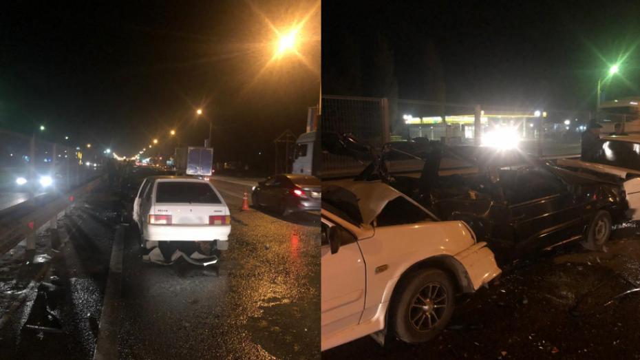 Пострадавшая в массовом ДТП под Воронежем 8-летняя девочка умерла в больнице