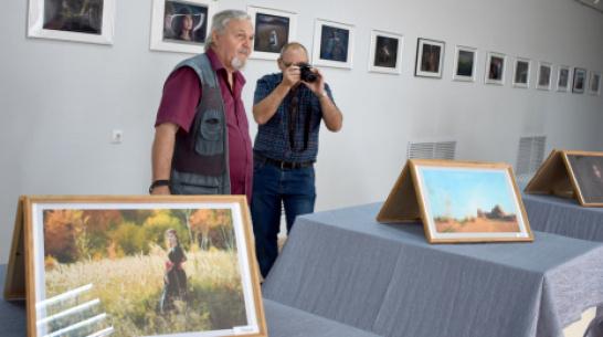 В Калаче открылась фотовыставка «Источник вдохновения»