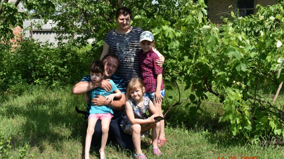Полмесяца и 6 часовых поясов. Воронежская семья доехала до Якутии на своем микроавтобусе