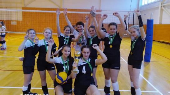 Павловчанки взяли 1-е место на областном турнире по волейболу