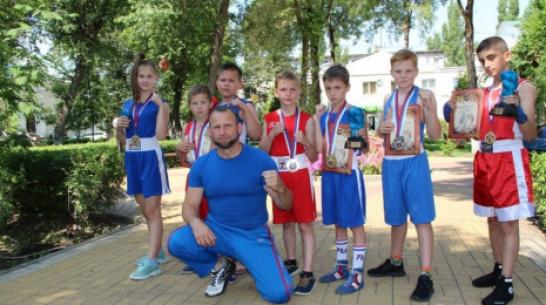 Лискинцы выиграли 4 «золота» на областном турнире по боксу