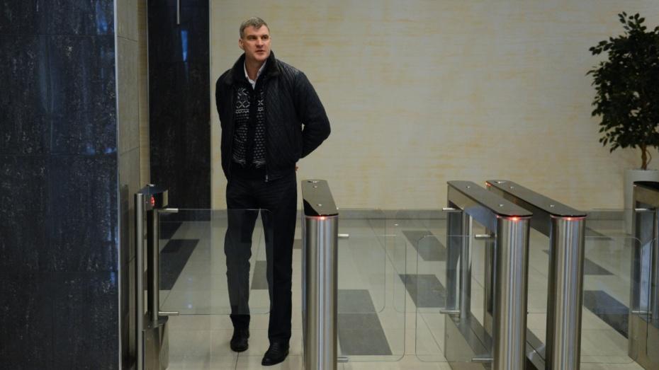«Рейдерство и беспредел». В Воронеже инвестора лишили квартиры и доступа в бизнес-центр