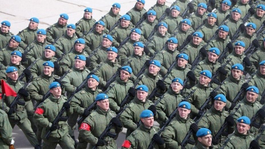 Три бутурлиновца примут участие в юбилейном Параде Победы