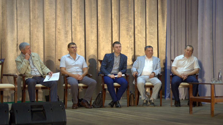Выдвиженцы в губернаторы Воронежской области начали сбор подписей депутатов