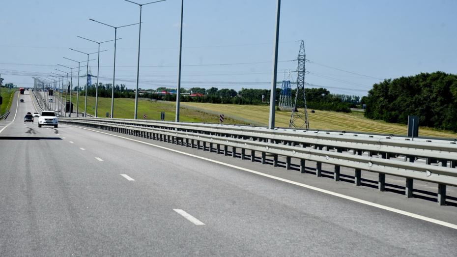 Трассу М-4 «Дон» в Воронежской области обеспечили скоростным  интернетом на 80%
