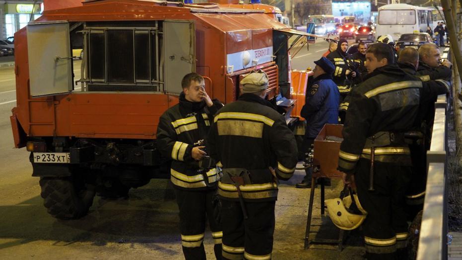 В Северном микрорайоне Воронежа сгорели 2 павильона