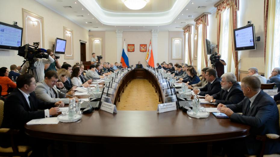 Воронежцы чаще всего обращаются к чиновникам по социальным и коммунальным вопросам