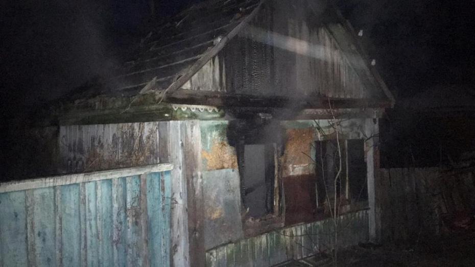 После пожара в доме в павловском селе Михайловка нашли тело 60-летнего мужчины