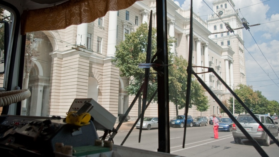 Воронежский суд аннулировал права психически больного водителя троллейбуса