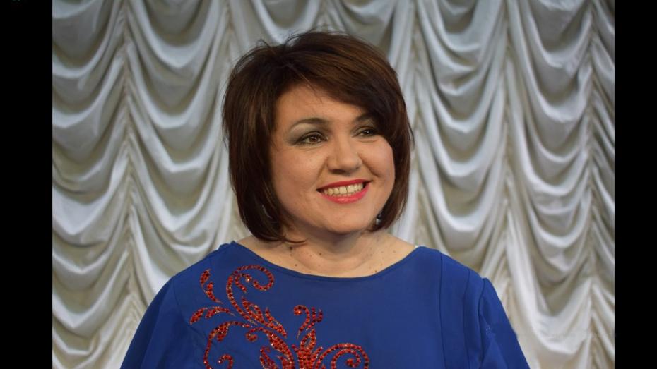 Лискинцев пригласили на дебютный онлайн-концерт директора городского ДК Татьяны Панковой