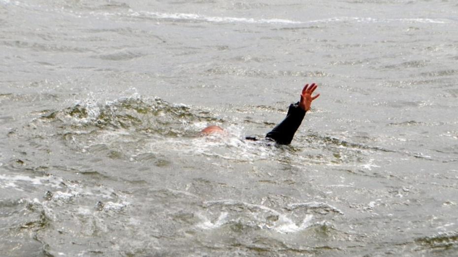 Воронежец утонул на «диком» пляже в Дубовке
