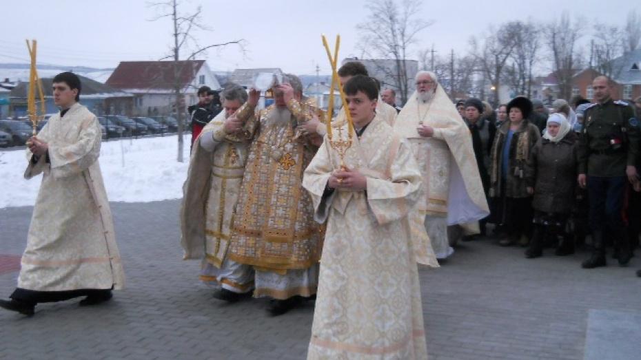 Митрополит Воронежский и Борисоглебский освятил в Лисках собор