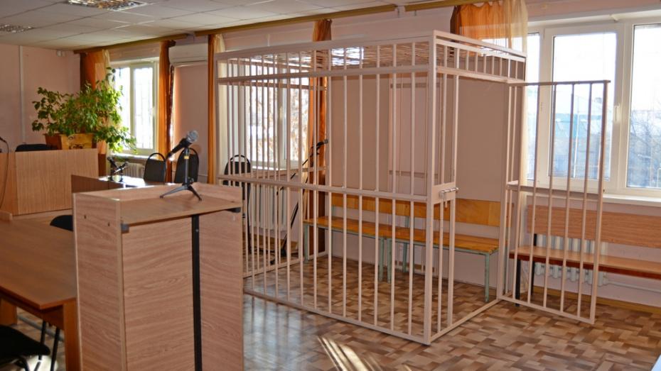 В Павловске 22-летнему парню дали 3 года колонии за насилие над 40-летней женщиной