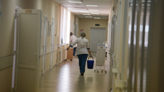 Заразившийся коронавирусом врач «скорой» выпал из окна Новоусманской больницы