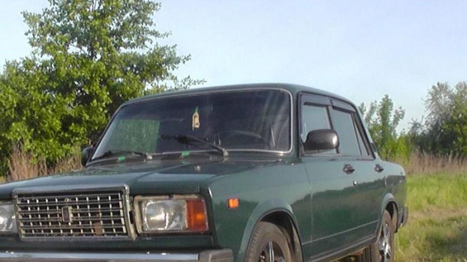 В Воронежской области парень зарезал ровесницу в машине