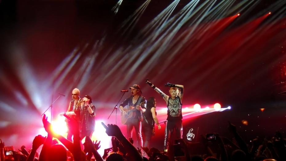 Scorpions в честь 50-летия спела воронежцам попурри из своих знаменитых баллад