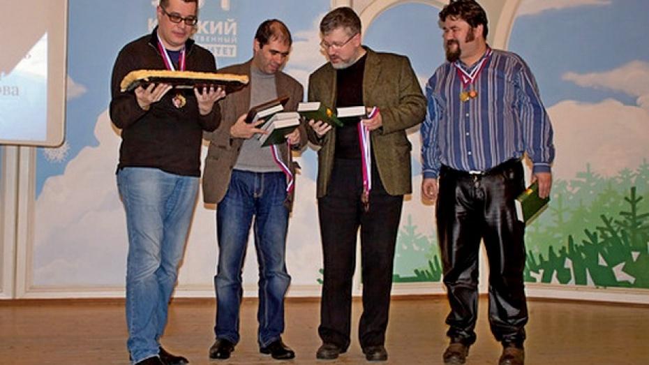 Воронежские знатоки померились интеллектом с магистром Максимом Поташевым