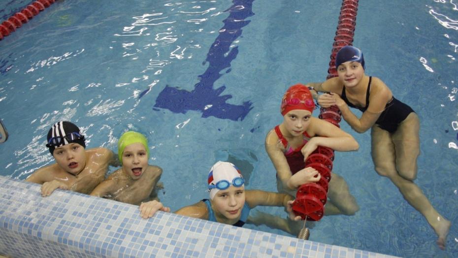 Аннинская пловчиха победила на этапе областного кубка
