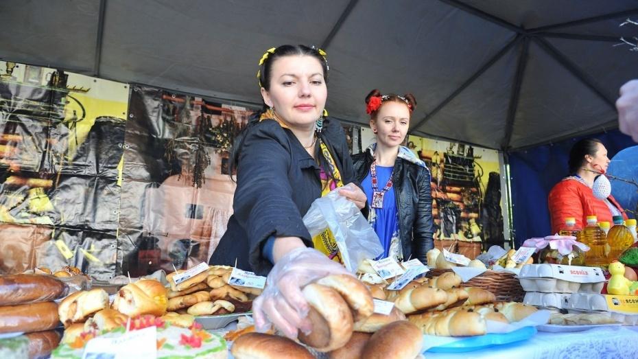 На ярмарках Воронежской области продали товары на 3,6 млрд рублей