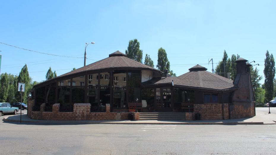В Воронеже произошел пожар в кафе на проспекте Патриотов