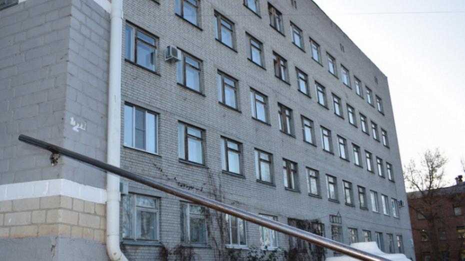 У райбольницы в Воронежской области обнаружили мертвым пациента