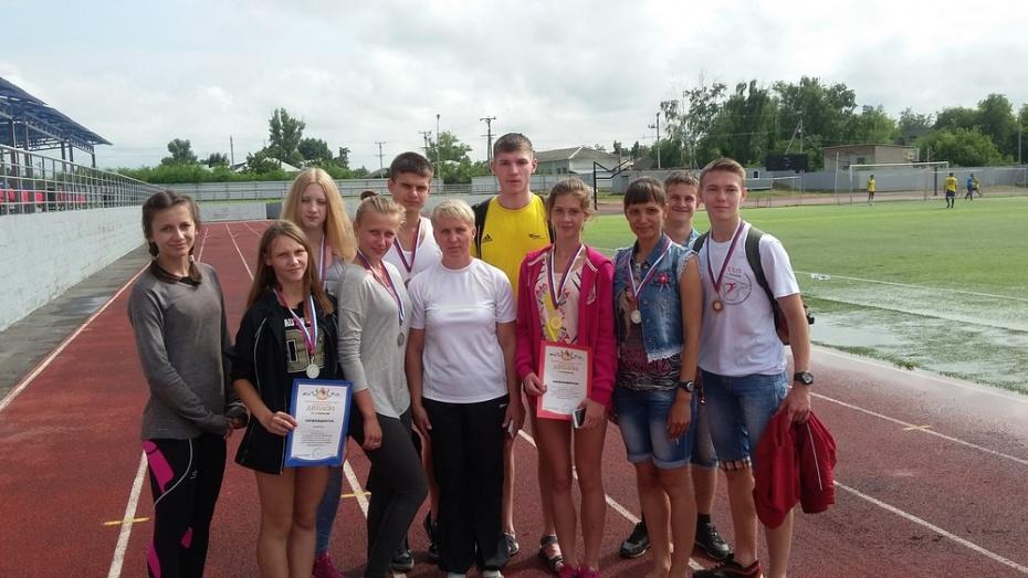Поворинские легкоатлеты завоевали 6 наград в Россоши
