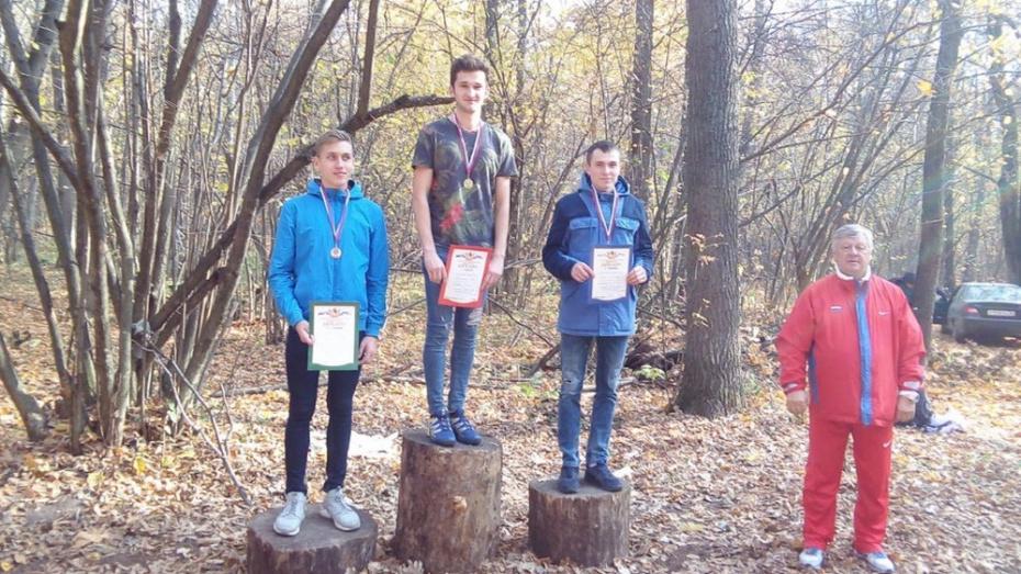 Хохольский легкоатлет победил на чемпионате области по кроссу