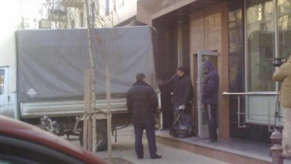 В офисе Воронежской коммунальной палаты снова проходят обыски