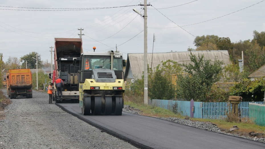 В хохольском селе Гремячье отремонтируют дороги на трех улицах