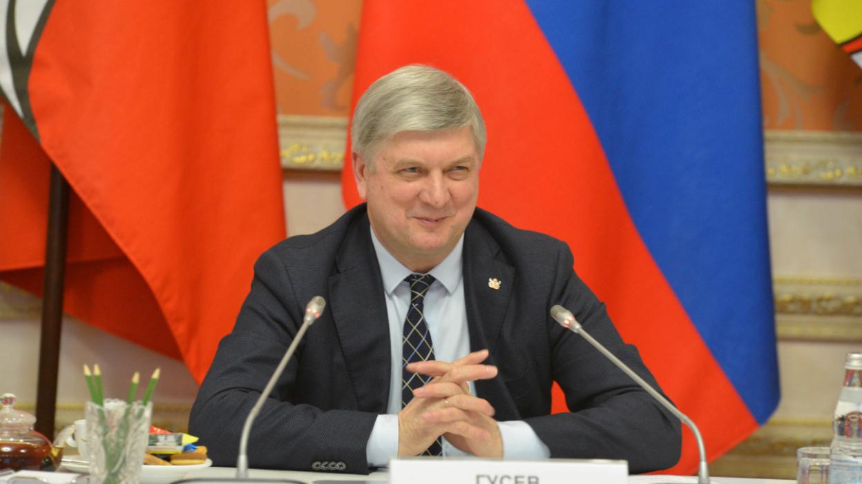 «Селу нужны дороги и интернет». Губернатор Воронежской области дал большую пресс-конференцию
