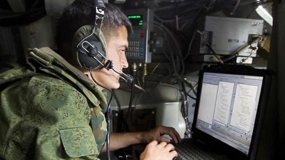 Военные связисты и300 единиц техники поднято потревоге вВоронежской области